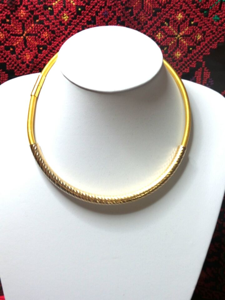 Gold Necklace Choker