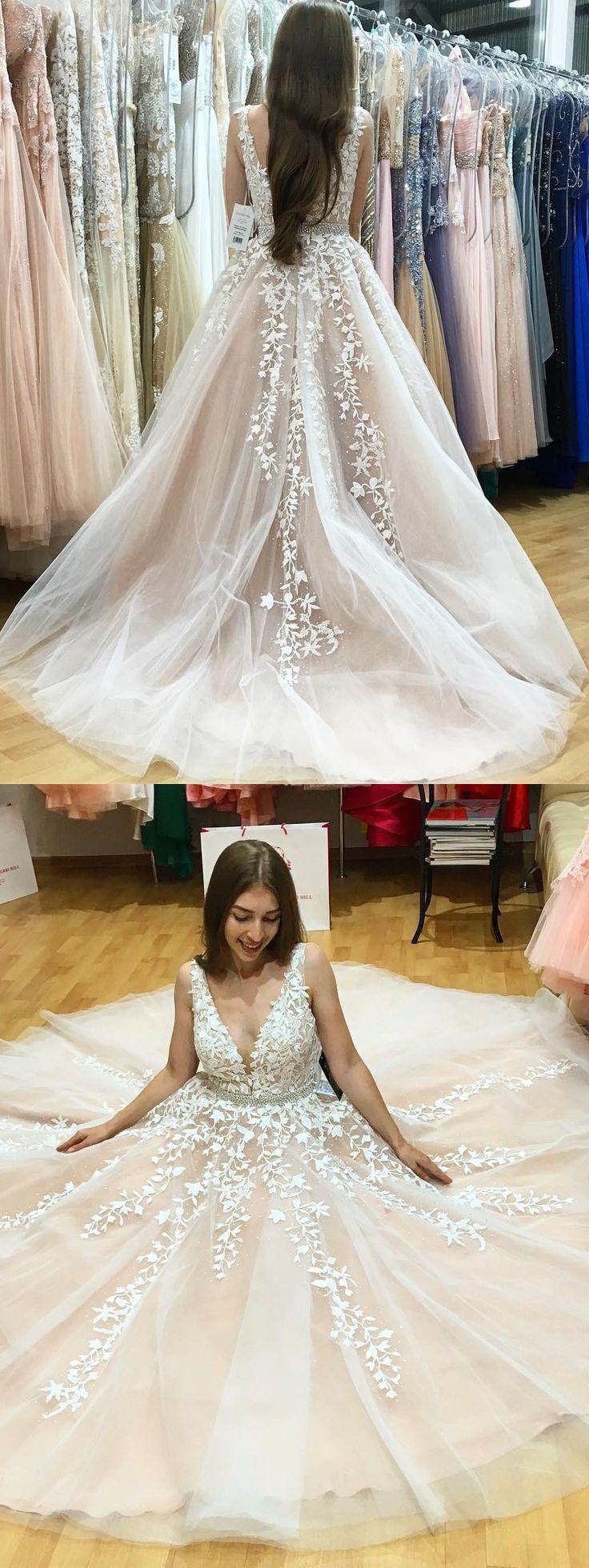 Elegant A-Line V-Neck Sleeveless Appliques Long Prom Dress @veenrol