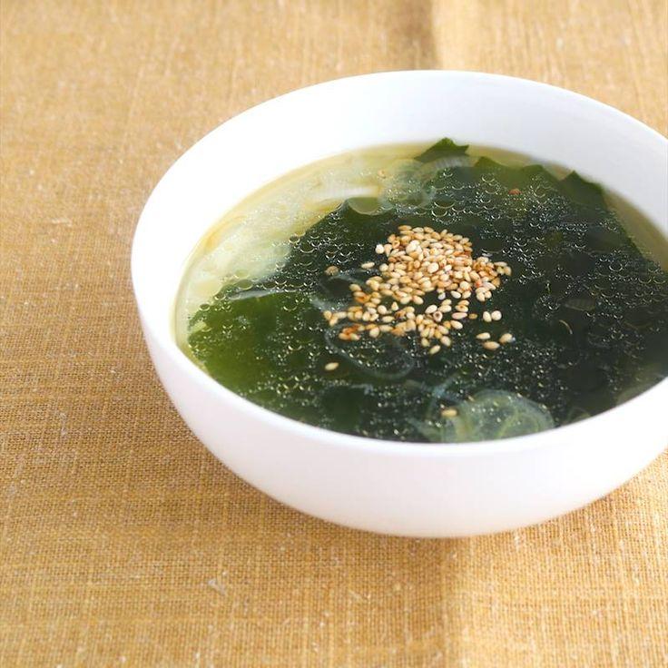 ごま油香る わかめとねぎのスープ | 料理動画(レシピ動画)のkurashiru [クラシル]