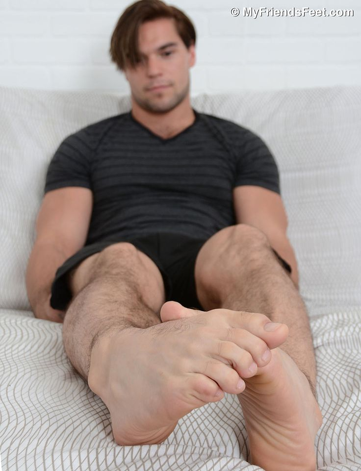 gloryholes gay footfetish
