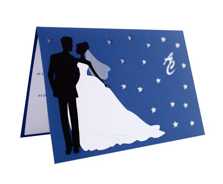 Invitatie nunta, realizata din carton de culoare albastra si cu model mire si mireasa realizat din carton aplicat manual in multiple straturi