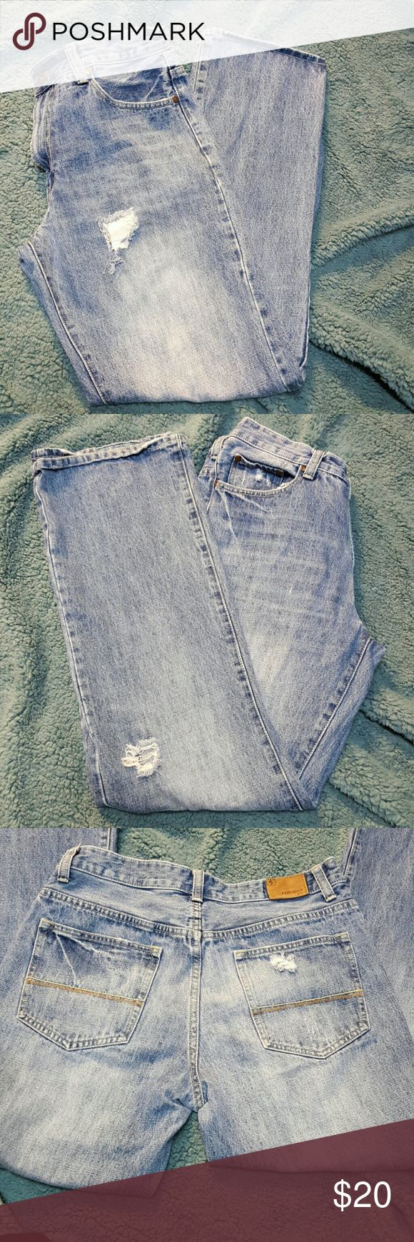 Men's Flypaper Jeans Trendy denim in excellent condition. Stylish tears are factory created. No stains. W32 x L34 Flypaper  Jeans Straight