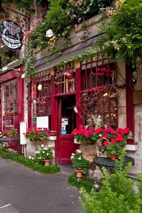 This is calling to me. The pull to go back is overwhelming. I just love Paris Flower Shop, Paris, France