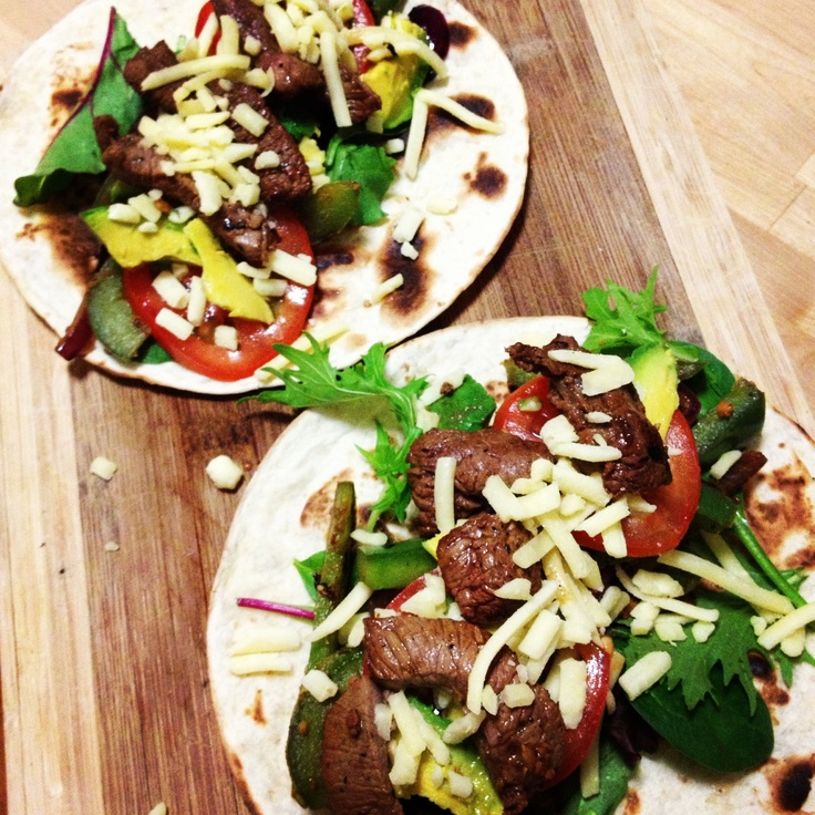 Lucky @brisbanerob - @Michelle Flynn Bridges Beef Fajitas with Pan-roasted Capsicum & Red Onion for dinner tonight!