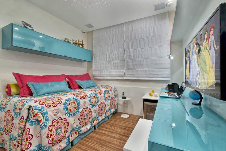 Cinza e azul dão o tom neste apartamento em Curitiba - Casa