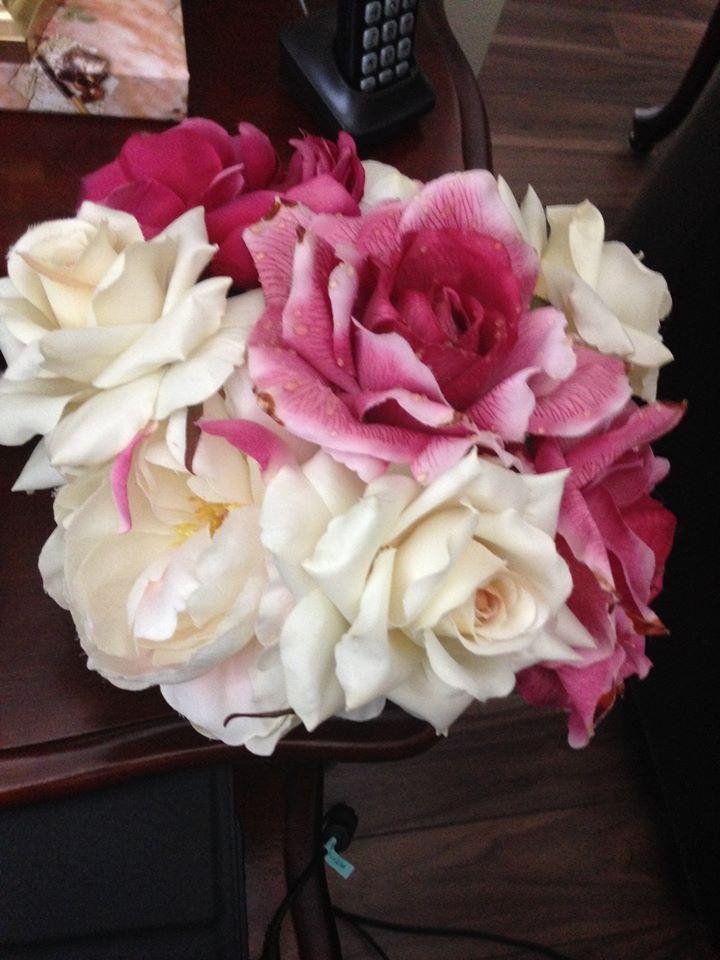 https://flic.kr/p/y7HRcV | 000000000 | Bouquet of Roses