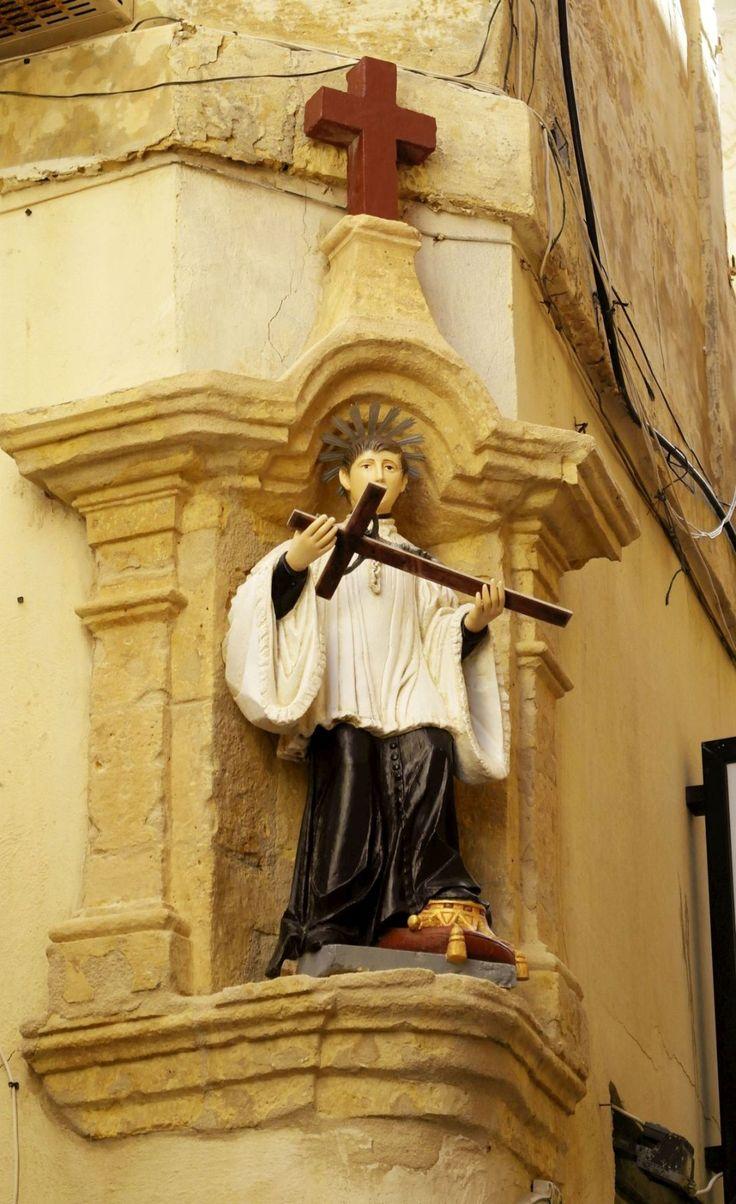 #Victoria #Gozo #Malta #statue