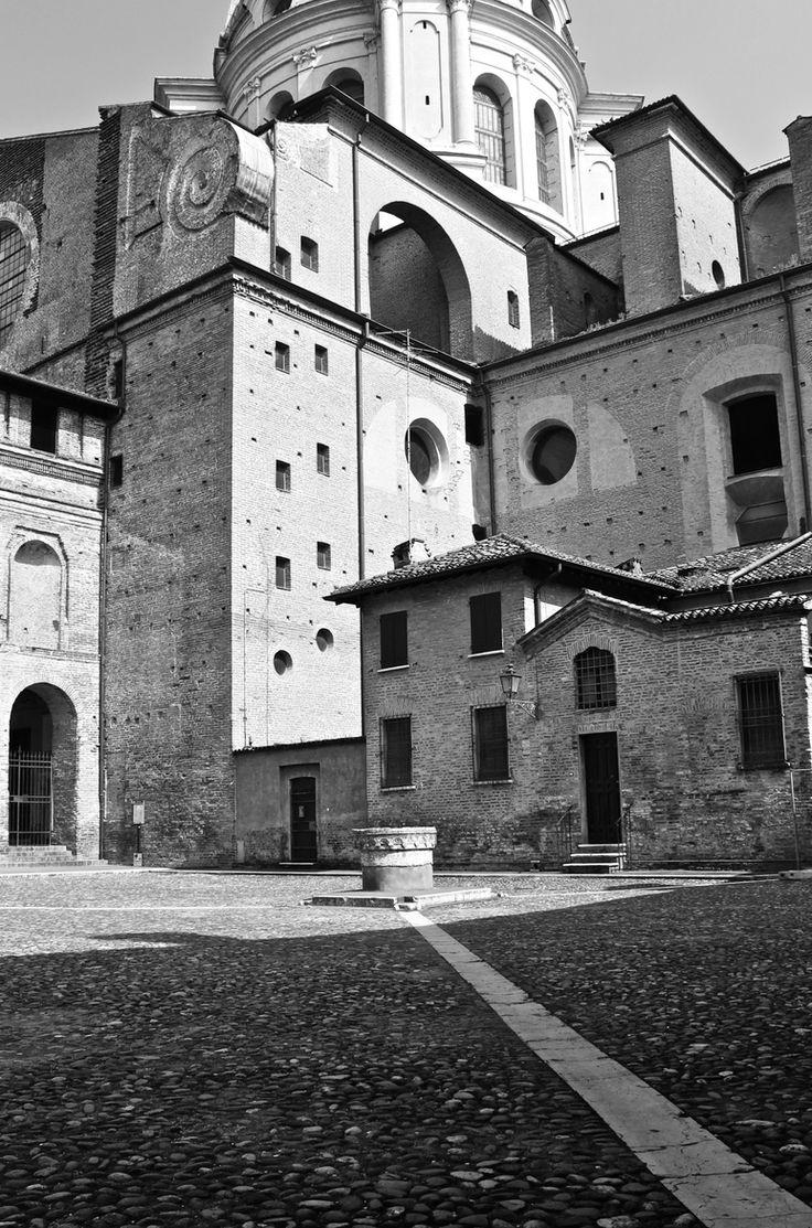 Mantova-piazza Leon Battista Alberti by Silvia Sabbadini on 500px