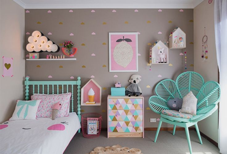 Pops of colour | 10 Gorgeous Girls Rooms - Tinyme Blog