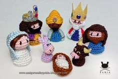 Funny Amigurumi by Pebie: New free crochet pattern in English, Spanish and Portuguese. Nativity set Part 2: donkey and ox. Part 1 (Mary, Joseph, Jesus) here: http://amigurumibypebie.blogspot.com.es/2014/11/nativity-set-i-jesus-mary-and-joseph.html