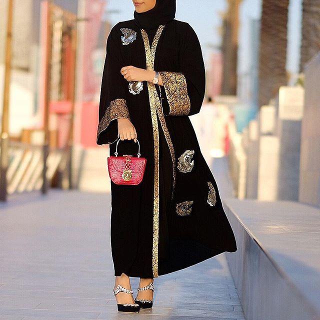 Repost Flooosha With Instatoolsapp Dont Be The Same Be Better Subhanabayas Fashionblog Lifestyleblog Beautyblog Abaya Fashion Fashion Kaftan Designs