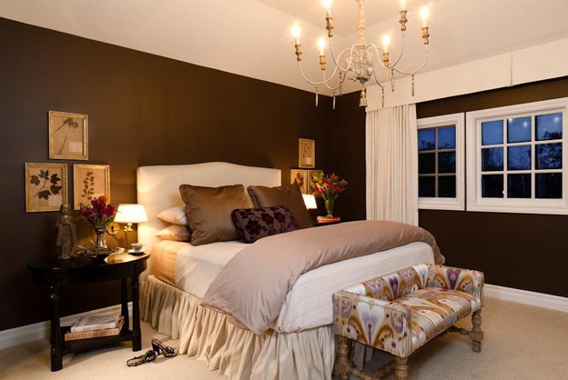 Dark brown walls w light bedding white trim rug house for Brown and cream bedroom ideas