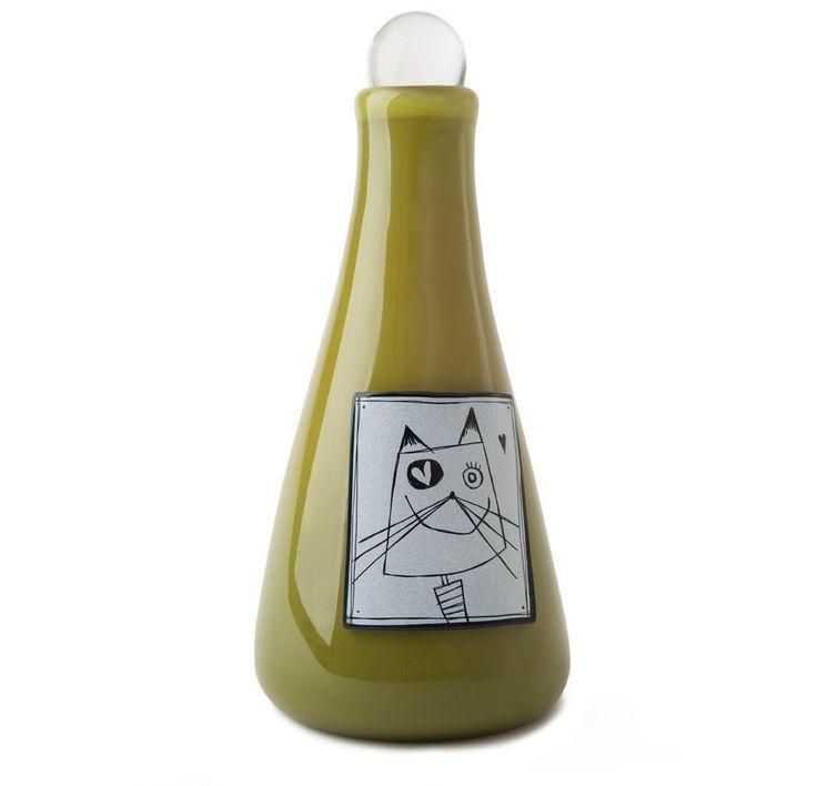 Achetez en ligne. Magnifique urne pour chat. Un hommage étincelant pour votre compagnon chéri. Exclusif à Muses Design. Livraison rapide et gratuite.
