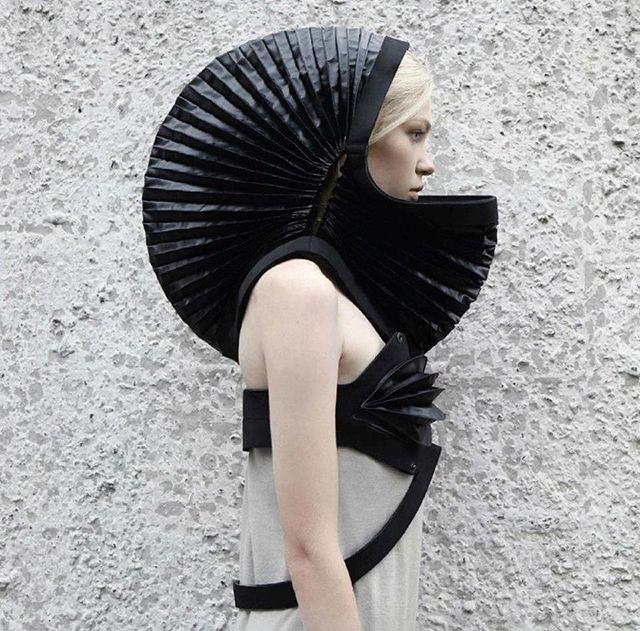 Transforming Neoprene Hood Dress By DZHUS    Ukrainian designer Irina Dzhus, founder of Kiev-based fashion house DZHUS, used philosophical ideas to construct her latest Technogenesis collection.