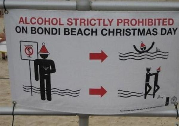 Funny and Awkward Beach Signs