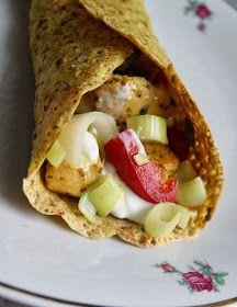 Tortille bez glutenu faszerowane kurczakiem i porem