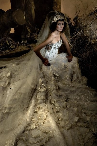MICHAEL CINCO.... This is a BIG ONE - STUNNING., but it would be a lot to carry around all day.  B