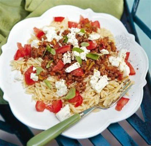 Κριθαράκι με κιμά και λαχανικά
