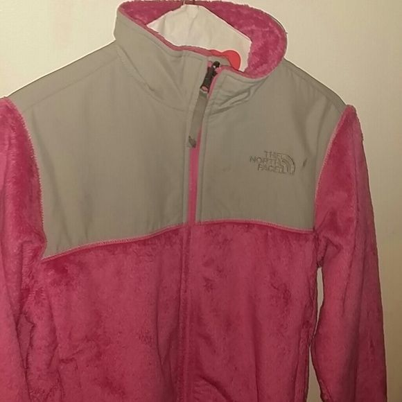 Girls north face jacket Pink and gray fleece north face fleece.. girls size Large North Face Jackets & Coats
