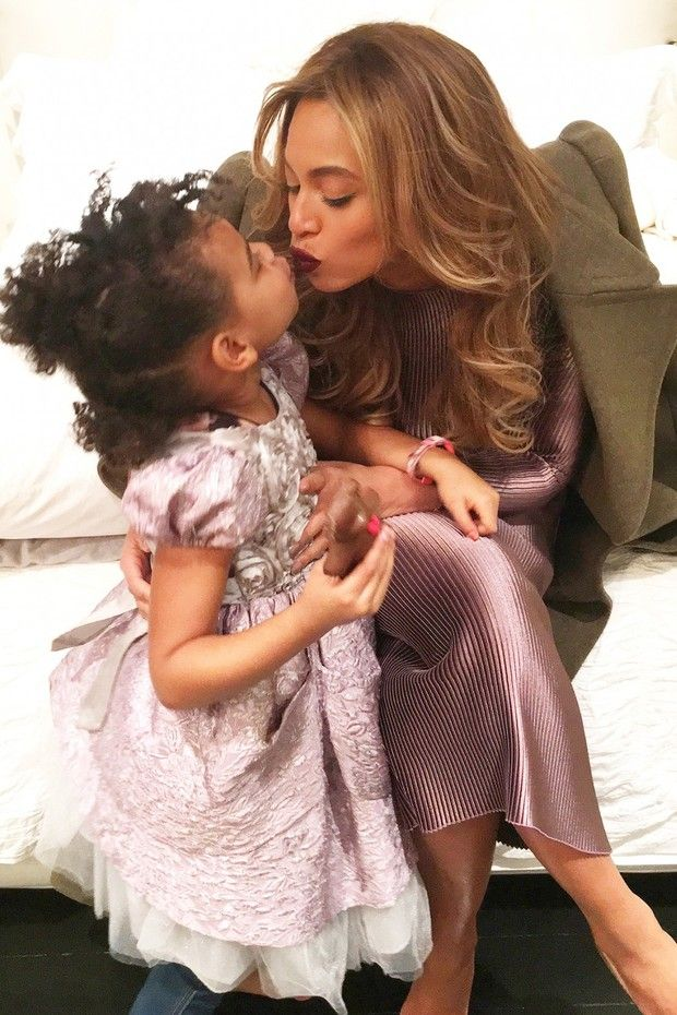 Beyoncé usa look de estilista brasileira! Saiba todos os detalhes