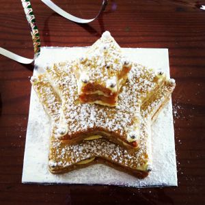 Hazelnut Shortbread Trees - mix it up with your Thermomix and have a wonderful gift ready for friends and family. More gifting ideas at: http://www.superkitchenmachine.com/2012/17688/thermomix-gift-recipe.html