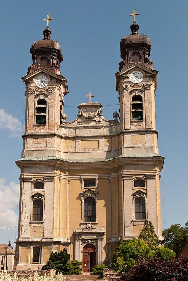 Tata - Katolikus templom