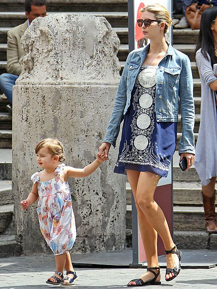 Arabella Kushner and Mom Ivanka Trump in Italy.... LOVE their shoes, very cute and recreatable outfit for mom/daughter