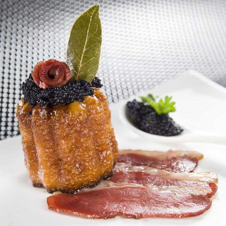 Cannelés du Sud Ouest au magret de canard fumé et au Caviar d'Aquitaine – Les œufs Matines