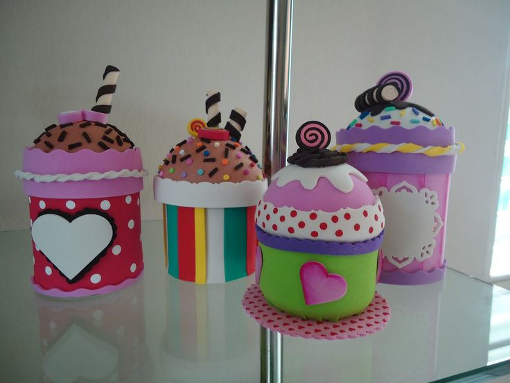 cupcakes de foamiGomaeva, Goma Eva, Rubber, Crafts With, Things To, Cute Things, Cole, Figuras Foamy, Con Latas