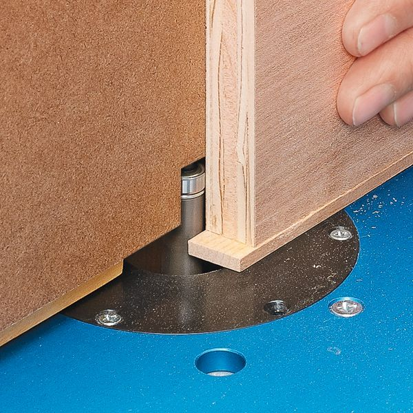 Flush Trim Router Fence | Woodsmith Tips | DIY: Routers & Jigs