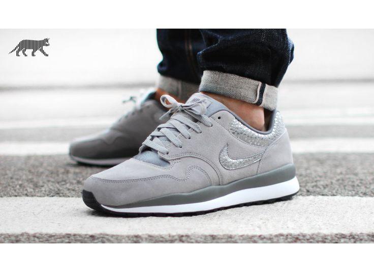 Nike Air Safari (Wolf Grey / Wolf Grey - Cool Grey) - Running - Sneaker | asphaltgold