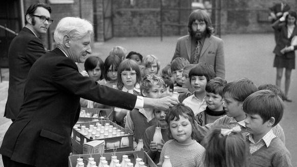 """Thatcher passou a ser conhecida, após a decisão, como """"sequestradora do leite infantil"""""""