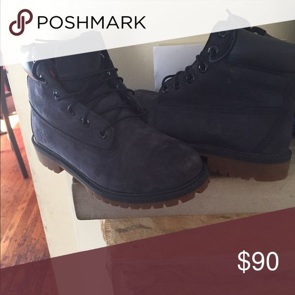 Size 4.5 in boys Timberland boots Only worn 2 weeks Shoes Winter & Rain Boots