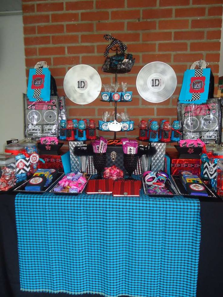 POP Music Group One Direction 1D Birthday Party Ideas | Photo 1 of 24 | Catch My Party