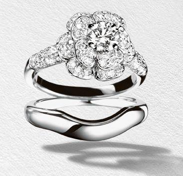 Chanel 1932 bridal flower engagement ring