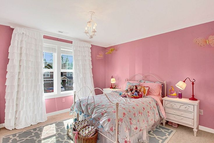 Traditional Kids Bedroom with Chandelier, LC Kids Harmony 3 Drawer Nightstand, Carpet, Crown molding