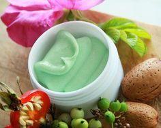Рецепты домашней косметики (фото 1): Рецепт омолаживающего крема для возрастной кожи - aromashka.ru