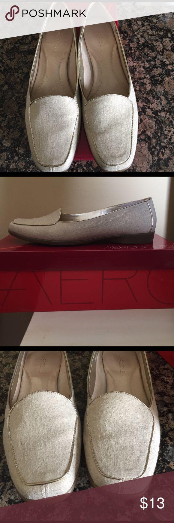 Aerosoles loafer Cute Aerosole loafers with gold flex and trim. EUC worn a few times. Smoke free and pet free home. AEROSOLES Shoes Flats & Loafers