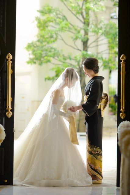 アーセンティア迎賓館(静岡) 結婚式場写真「挙式入場までのベールダウンのセレモニー」 【みんなのウェディング】