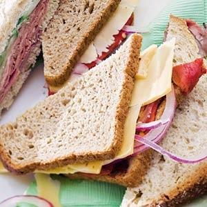Recept - Sandwich met oude kaas en gegrilde paprika - Allerhande