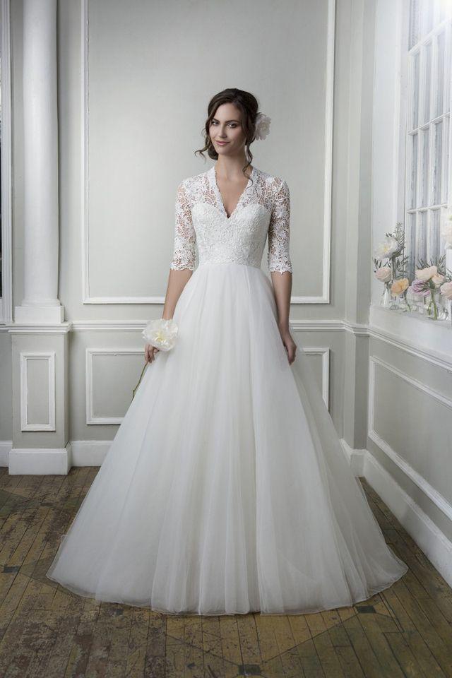 Suknia ślubna Lillian West 6387 2016