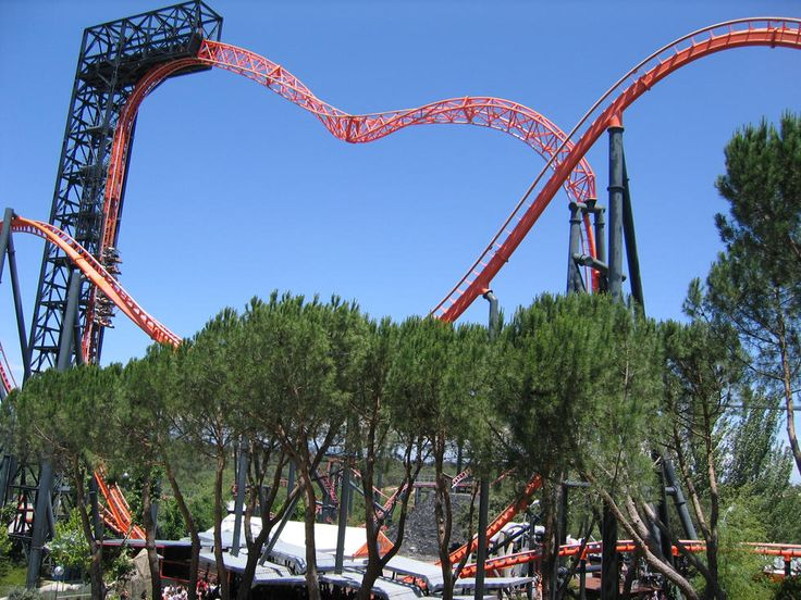 Parque de Atracciones de Madrid is a 20-hectare amusement park located in the Casa de Campo in Madrid, Spain. Opened in 1969, it is the third-oldest operating amusement park in Spain behind the Parque de Atracciones del Tibidabo, It is the flagship park of Parques Reunidos, who operates the park under Madrid municipal government concession till year 2039. #touristplace #madrid #spain #amusementpark