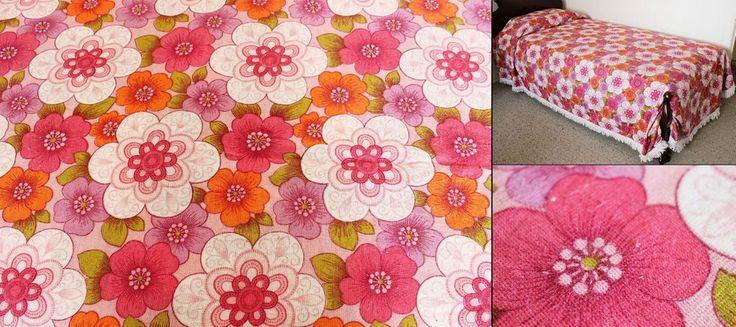 Pink Retro Floral Bedspread Single 1970s Kitsch Bedding Fringed Vintage Bed Cove