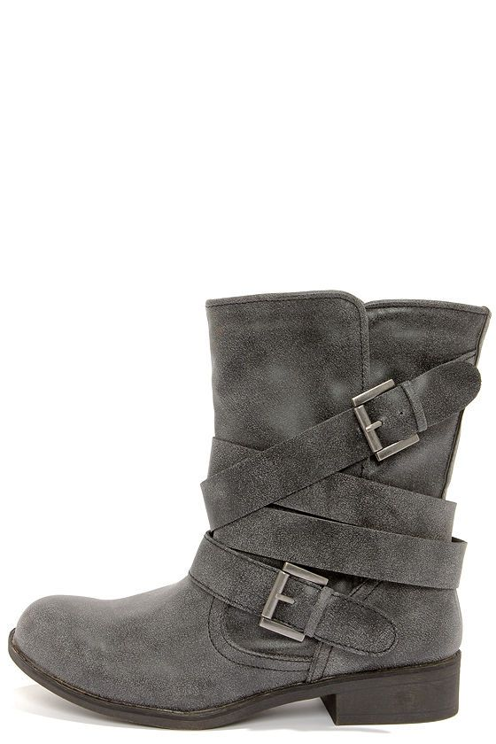 Madden Girl Cullenn Black Burnished and Belted Boots at LuLus.com!