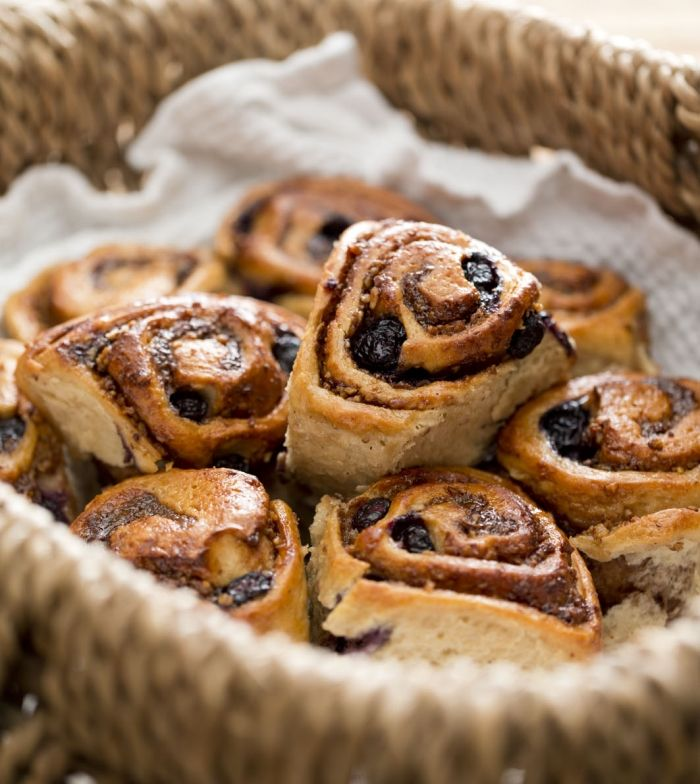 Cinnamon blueberry scrolls