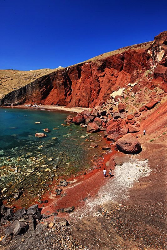 The famous Red beach as a result of several volcanic explosions on the south coast of Santorini. We swam there.