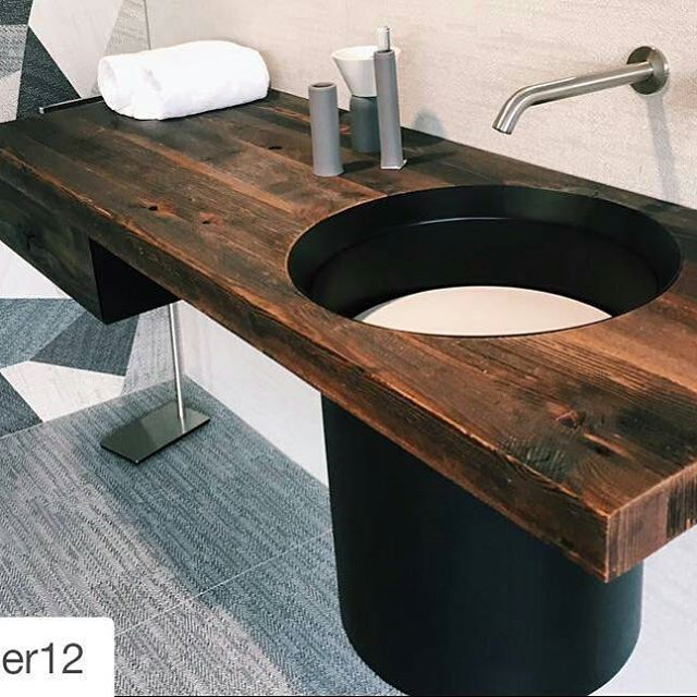 #Repost @atelier12 with @repostapp ・・・ ADI Ceramics Award winner collection #DigitalArt by #CeramicaSantAgostino #showroom #project #designtiles #minuzzoarredobagno #atelier12 proudly #MadeInItaly 🇮🇹