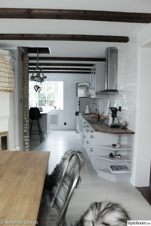Vardagsrum, kök, matrum, hall - Hemma hos svartvitt på StyleRoom.se