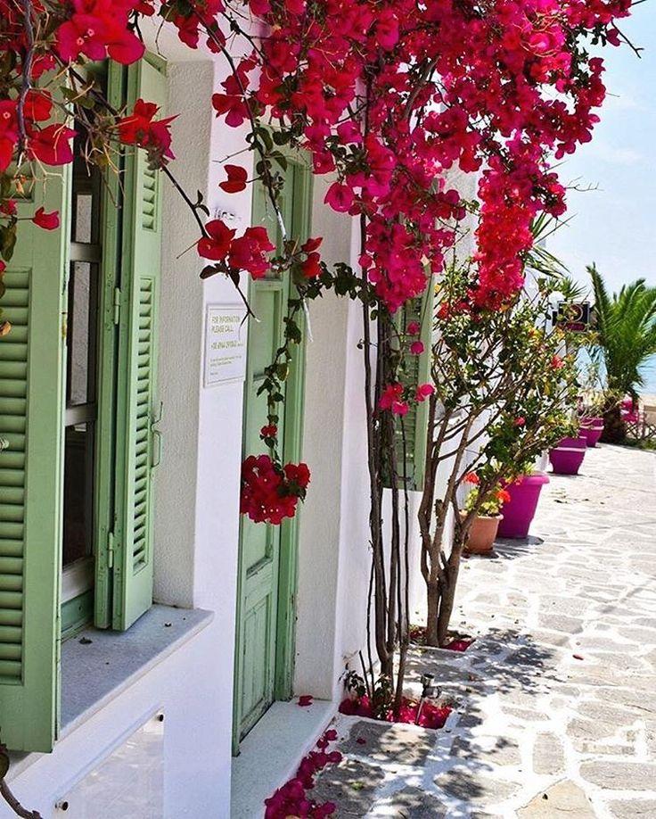 Magnificent Cycladic style ❤️ island of Naxos (Νάξος)