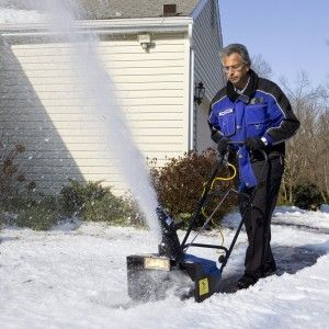 Review of  Snow Joe Electric Snow Thrower http://egardeningtools.com/product-category/snow-removal/